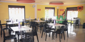 Cafeteria, Food Court & Canteen