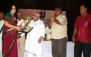 Joint Registrar, KIIT Receives Prestigious Prananath Samman-2013
