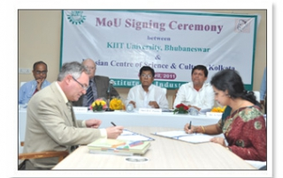 MOU with Russian Centre of Science & Culture, Kolkata